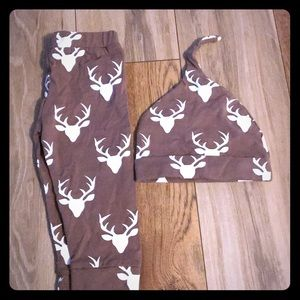 🍁 2 FOR $15 SALE 🍁 Deer pants and matching hat!